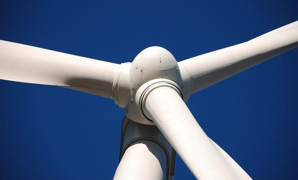 Joost Eerdmans en Rob Roos - Met wind- en zonne-energie is het onmogelijk om Nederland van energie te voorzien | ThePostOnline - ThePostOnline