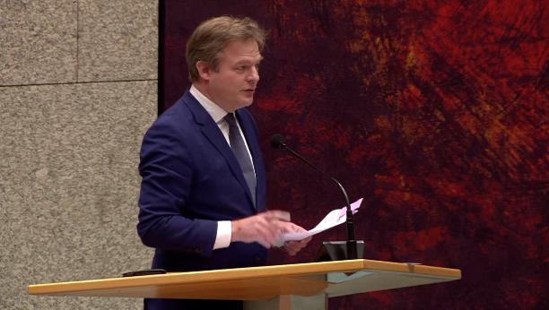 Video – Legendarische toespraak van Pieter Omtzigt (CDA) over de Haagse kliek en de toeslagenaffaire
